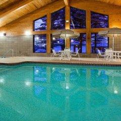 Отель AmericInn by Wyndham Mora бассейн фото 2