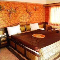 13 Coins Airport Hotel Minburi комната для гостей