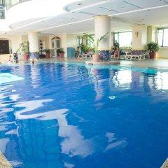 Makati Palace Hotel бассейн фото 2