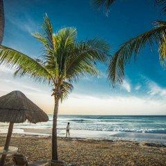 Отель Mahekal Beach Resort пляж