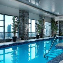 Отель Hyatt Regency Calgary Канада, Калгари - отзывы, цены и фото номеров - забронировать отель Hyatt Regency Calgary онлайн бассейн