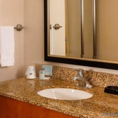 Отель Hampton Inn & Suites Houston-Medical Ctr-Reliant Park Хьюстон ванная фото 2