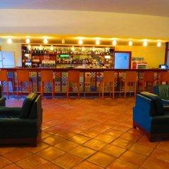 Отель Alfamar Beach & Sport Resort гостиничный бар