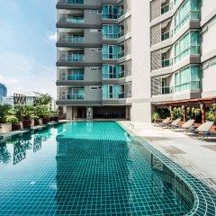 Отель Adelphi Grande Sukhumvit By Compass Hospitality Бангкок бассейн фото 2