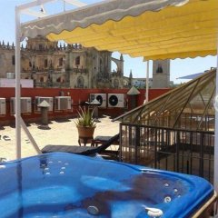 Отель Jeys Catedral Jerez Испания, Херес-де-ла-Фронтера - отзывы, цены и фото номеров - забронировать отель Jeys Catedral Jerez онлайн бассейн фото 3