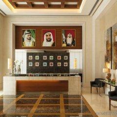 Отель Four Points by Sheraton Sheikh Zayed Road, Dubai Дубай гостиничный бар