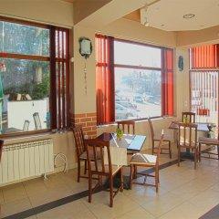 Отель Guest House Edelweiss Болгария, Боровец - отзывы, цены и фото номеров - забронировать отель Guest House Edelweiss онлайн питание фото 3