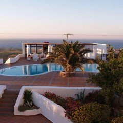 Отель Anemomilos Hotel Греция, Остров Санторини - отзывы, цены и фото номеров - забронировать отель Anemomilos Hotel онлайн бассейн фото 2