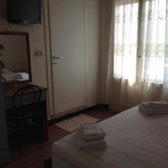 Hotel Arlesiana Римини удобства в номере