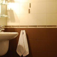 Отель Restaurant Odeon Болгария, Пловдив - отзывы, цены и фото номеров - забронировать отель Restaurant Odeon онлайн ванная фото 2