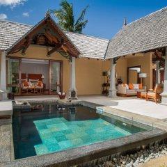 Отель Maradiva Villas Resort and Spa бассейн фото 3