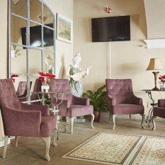 Отель Almandine Чехия, Прага - отзывы, цены и фото номеров - забронировать отель Almandine онлайн гостиничный бар