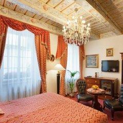 Отель U Zlateho Stromu Прага комната для гостей фото 2