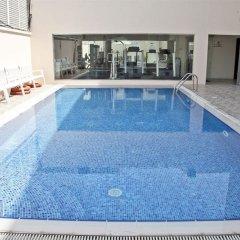Отель Regent Beach Resort ОАЭ, Дубай - 10 отзывов об отеле, цены и фото номеров - забронировать отель Regent Beach Resort онлайн бассейн фото 2