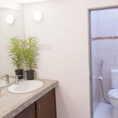 Отель Hostel at Galle Face- Colombo Шри-Ланка, Коломбо - отзывы, цены и фото номеров - забронировать отель Hostel at Galle Face- Colombo онлайн ванная