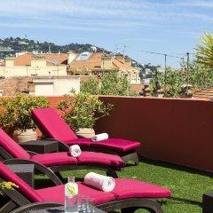 Отель Citadines Croisette Cannes бассейн