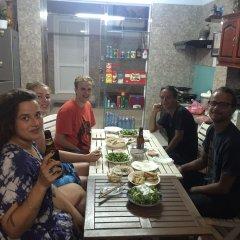 Terra Cotta Homestay and Hostel питание