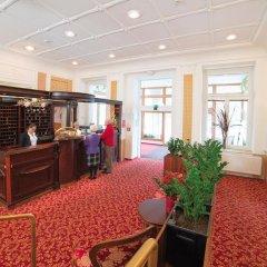 Отель Jesenius Чехия, Франтишкови-Лазне - отзывы, цены и фото номеров - забронировать отель Jesenius онлайн гостиничный бар