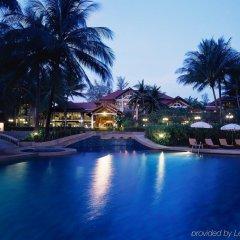 Отель Dusit Thani Laguna Phuket Таиланд, Пхукет - 13 отзывов об отеле, цены и фото номеров - забронировать отель Dusit Thani Laguna Phuket онлайн бассейн фото 2