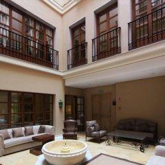 Отель Casa Consistorial Испания, Фуэнхирола - отзывы, цены и фото номеров - забронировать отель Casa Consistorial онлайн комната для гостей