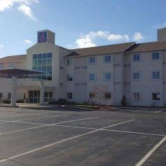 Отель Motel 6 Niagara Falls - New York США, Ниагара-Фолс - отзывы, цены и фото номеров - забронировать отель Motel 6 Niagara Falls - New York онлайн парковка