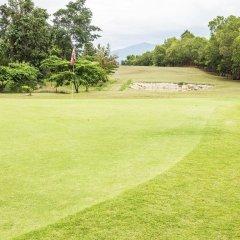 Отель Aye Thar Yar Golf Resort спортивное сооружение