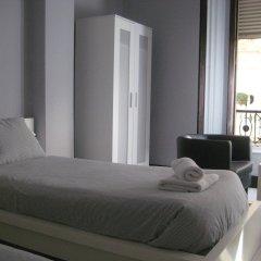 Отель B&B Hi Valencia Cánovas комната для гостей