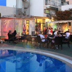 Отель Markus Park бассейн фото 3