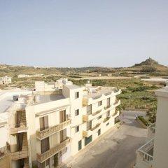 Отель Dolphin Court Мальта, Зеббудж - отзывы, цены и фото номеров - забронировать отель Dolphin Court онлайн балкон