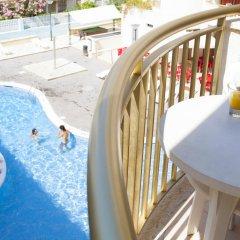 Отель Salou Beach by Pierre & Vacances Испания, Салоу - отзывы, цены и фото номеров - забронировать отель Salou Beach by Pierre & Vacances онлайн балкон