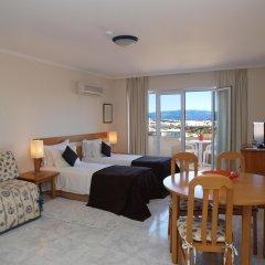 Отель Apartamentos Turisticos Jardins Da Rocha комната для гостей фото 2