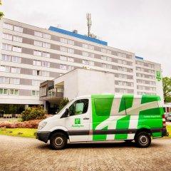 Отель Leonardo Frankfurt City South городской автобус