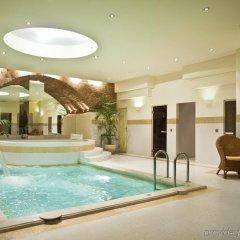 The Hotel Narutis бассейн