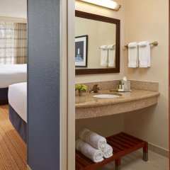 Отель MDR Marina del Rey - a DoubleTree by Hilton США, Лос-Анджелес - отзывы, цены и фото номеров - забронировать отель MDR Marina del Rey - a DoubleTree by Hilton онлайн ванная фото 2