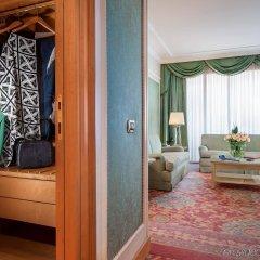 Отель Royal Hotel Carlton Италия, Болонья - 3 отзыва об отеле, цены и фото номеров - забронировать отель Royal Hotel Carlton онлайн комната для гостей фото 5
