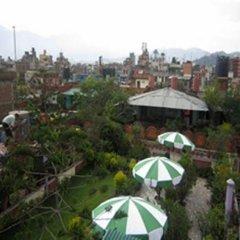 Отель The Sacred Valley Home Непал, Катманду - отзывы, цены и фото номеров - забронировать отель The Sacred Valley Home онлайн бассейн фото 3