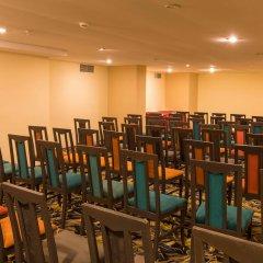 Отель Holiday Park Resort Окурджалар помещение для мероприятий фото 2