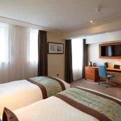 Amba Hotel Charing Cross 4* Представительский номер