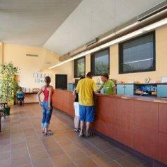 Отель Camping Salata Испания, Курорт Росес - отзывы, цены и фото номеров - забронировать отель Camping Salata онлайн интерьер отеля