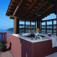 Отель Embarc Zihuatanejo фото 2