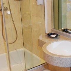 Отель City Partner Hotel Strauss Германия, Вюрцбург - отзывы, цены и фото номеров - забронировать отель City Partner Hotel Strauss онлайн ванная