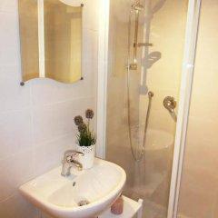 Отель Typical Apulian Apartment Италия, Бари - отзывы, цены и фото номеров - забронировать отель Typical Apulian Apartment онлайн ванная