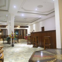 Отель Oasey Beach Hotel Шри-Ланка, Индурува - 2 отзыва об отеле, цены и фото номеров - забронировать отель Oasey Beach Hotel онлайн гостиничный бар