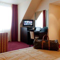 Отель Academie Бельгия, Брюгге - 12 отзывов об отеле, цены и фото номеров - забронировать отель Academie онлайн удобства в номере фото 2