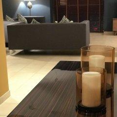 Отель Yanjoon Holiday Homes - Marina Tower гостиничный бар