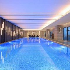 Отель Wanda Realm Neijiang бассейн