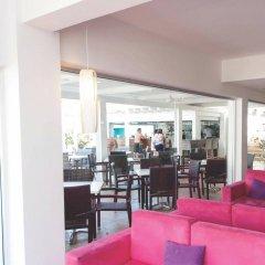 Marlita Beach Hotel Apartments гостиничный бар