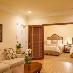 Отель Best Western PLUS Sunset Plaza США, Уэст-Голливуд - отзывы, цены и фото номеров - забронировать отель Best Western PLUS Sunset Plaza онлайн комната для гостей фото 4