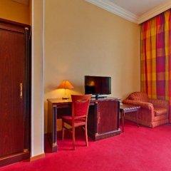 Гостиница Варшава 3* Номер с двуспальной кроватью фото 2