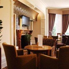 Отель Best Western Burn Hall Hotel Великобритания, Йорк - отзывы, цены и фото номеров - забронировать отель Best Western Burn Hall Hotel онлайн интерьер отеля